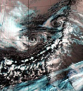Case study of a mid-latitude storm over the Norwegian Sea