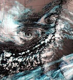Case study of a mid-latitude storm over the Norwegian Sea